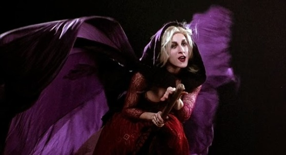 Please tell me I'm not the only Hocus Pocus fan!